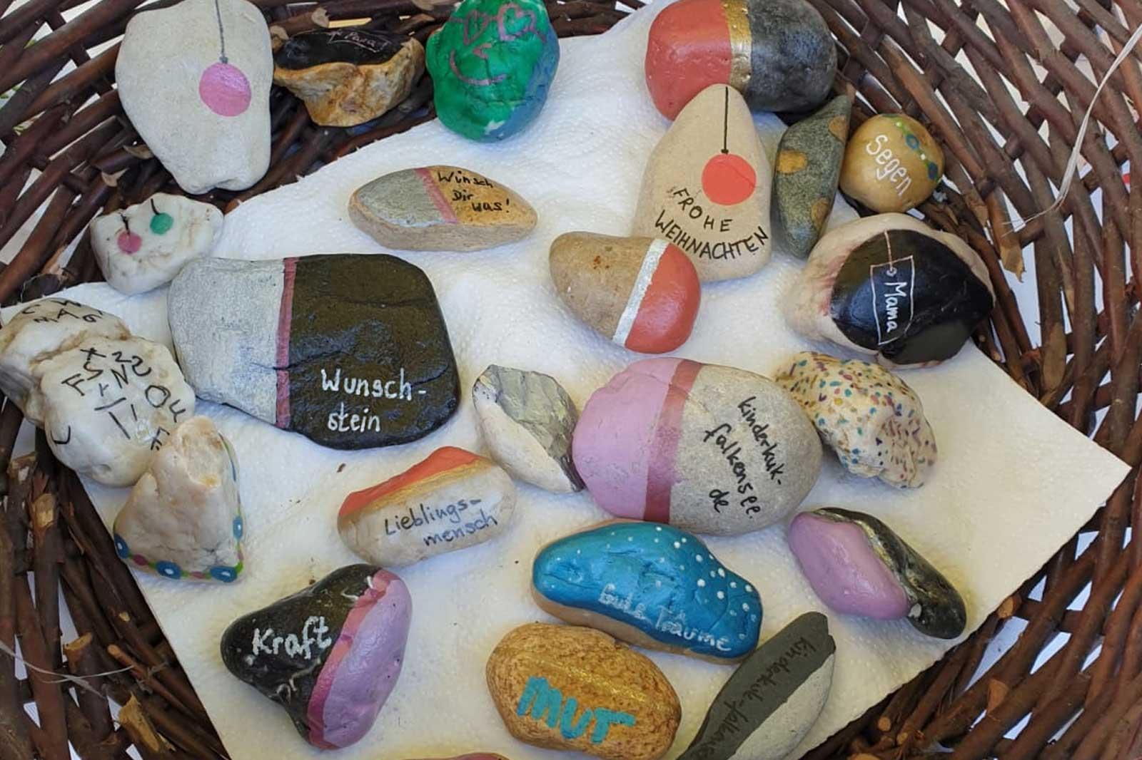 Bemahlte-Steine von Kinderkuk